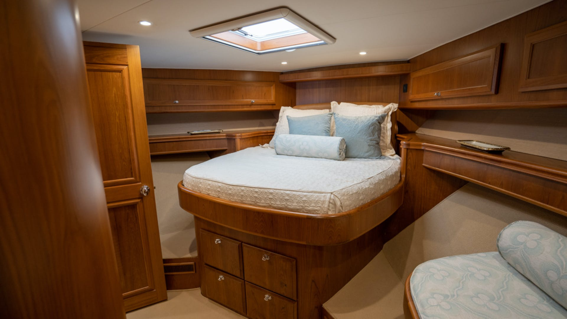 2010 Donzi 80' 80 Convertible Marlene Sea IV | Picture 8 of 93