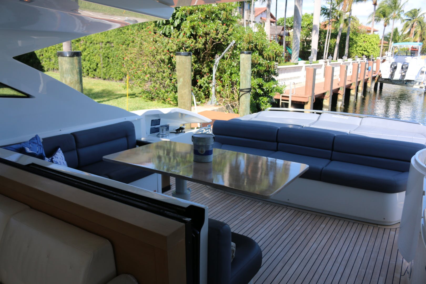2009 Pershing 72' 72  | Picture 8 of 62