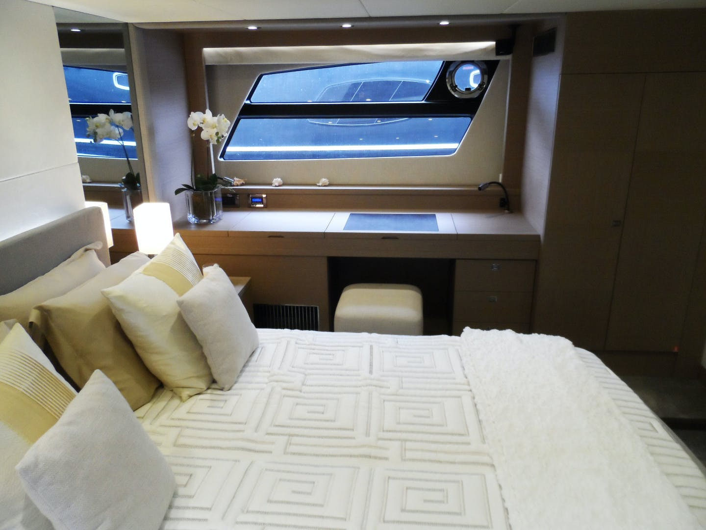 2015 Prestige 62' 620 SUZETTE | Picture 8 of 45