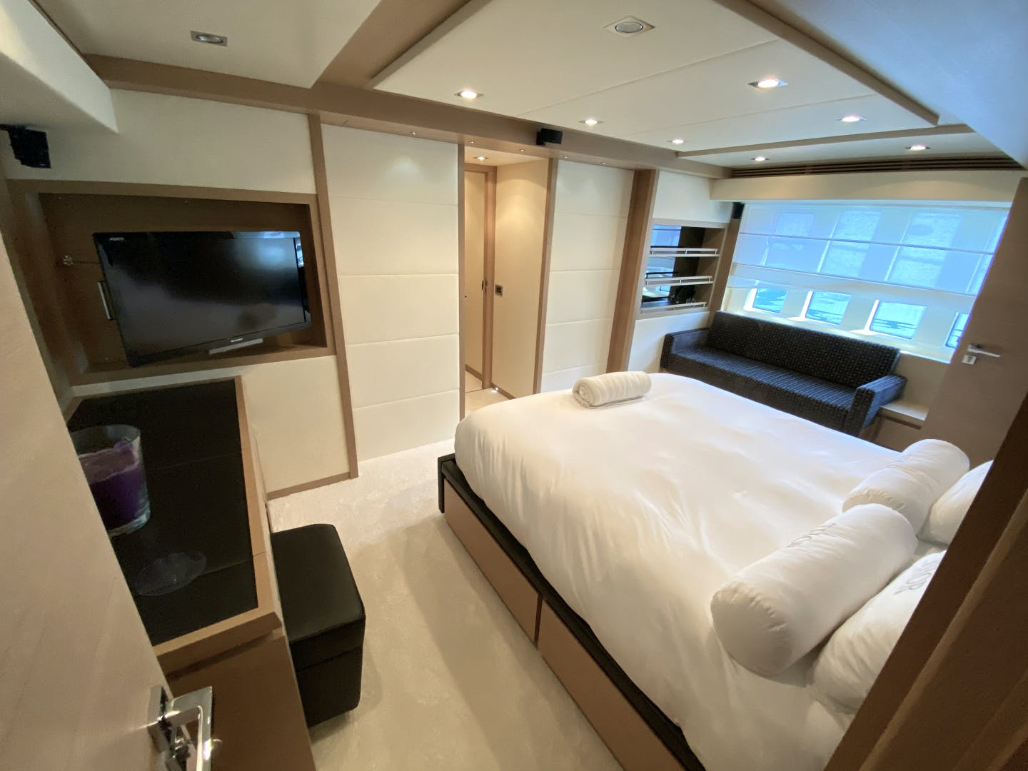 2013 Azimut 74' 78' THOR | Picture 6 of 15