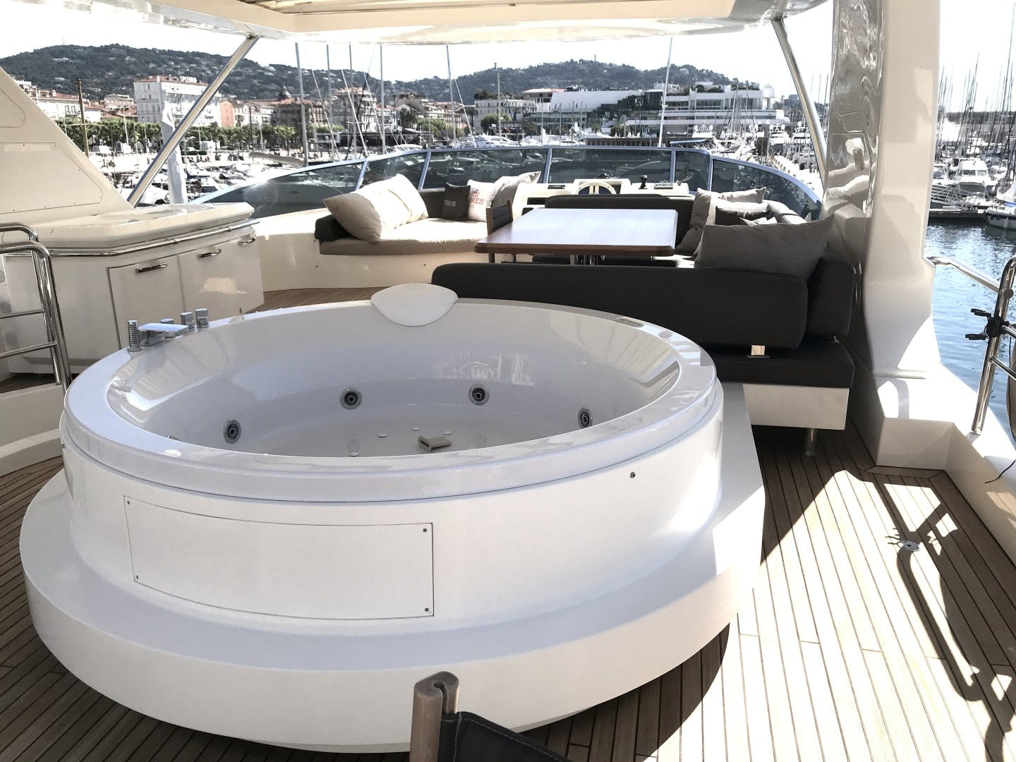 2013 Azimut 74' 78' THOR | Picture 4 of 15
