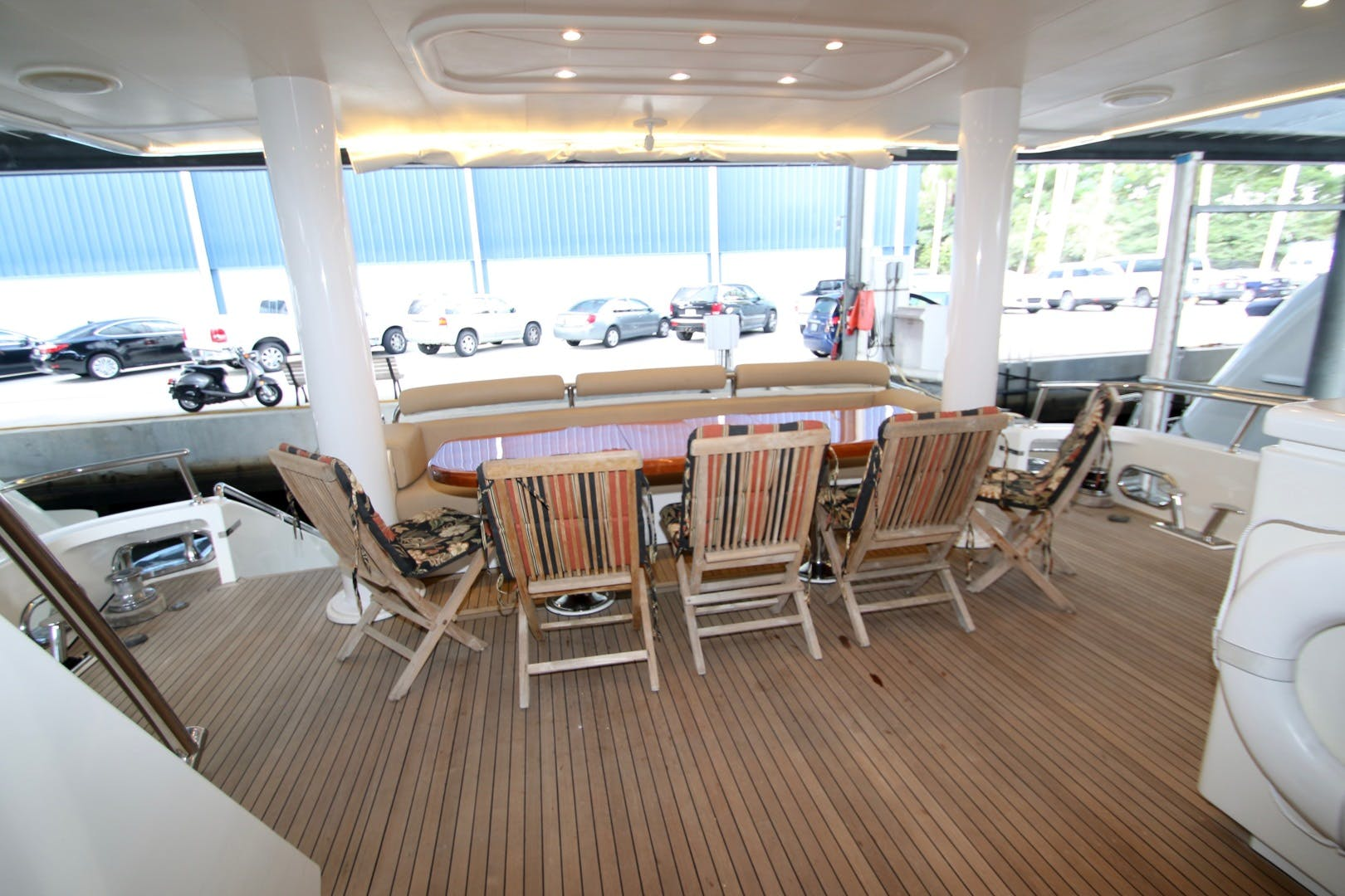 2003 Hargrave 78' Skylounge KISMET | Picture 5 of 61
