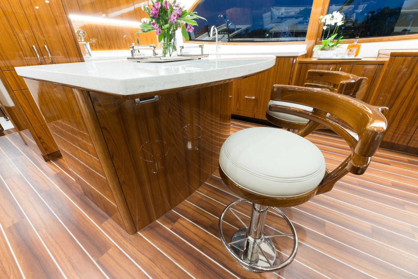 2021 Hatteras 65' GT65 New build position available  2021 GT65 | Picture 1 of 38