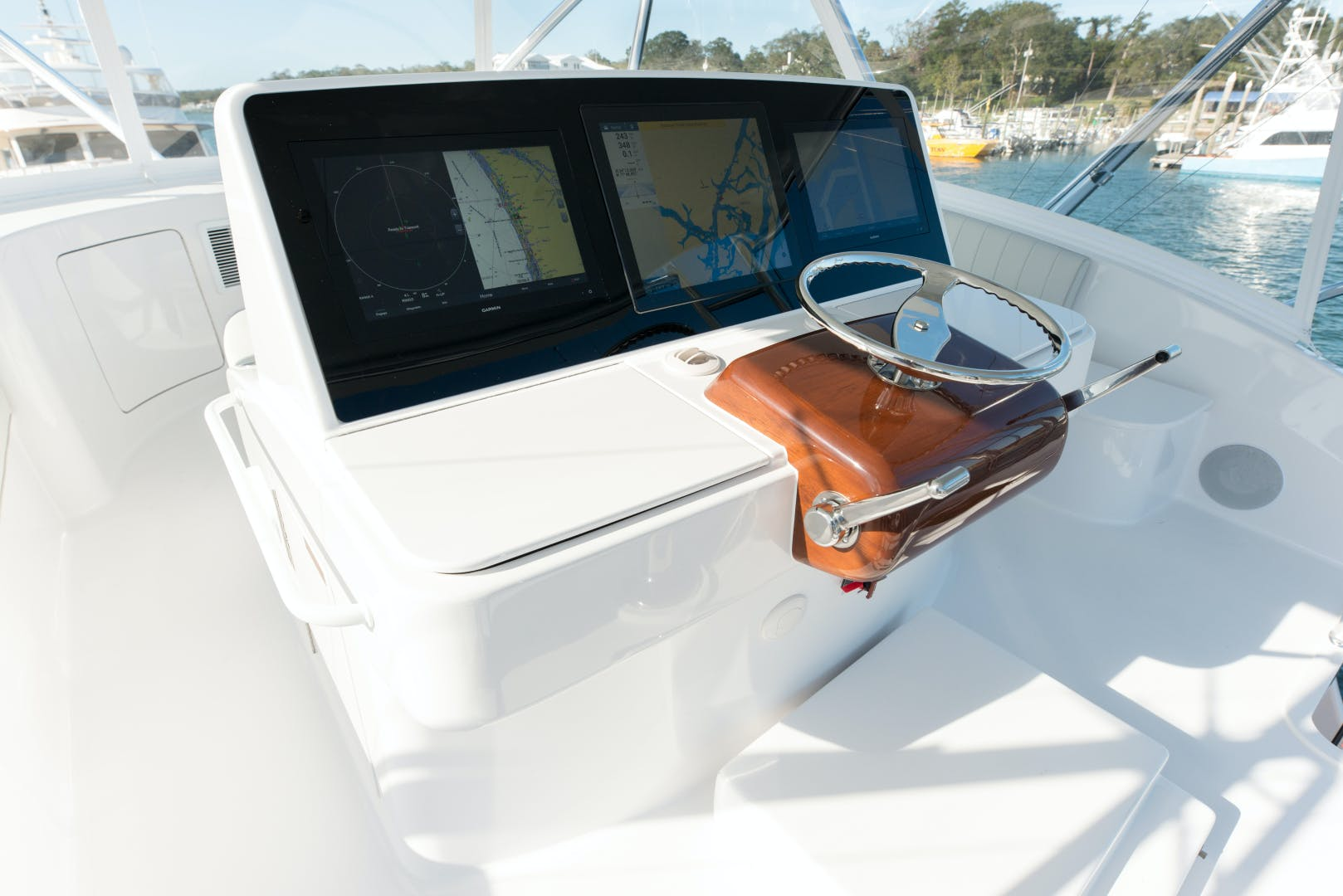 2021 Hatteras 65' GT65 New build position available  2021 GT65 | Picture 2 of 38