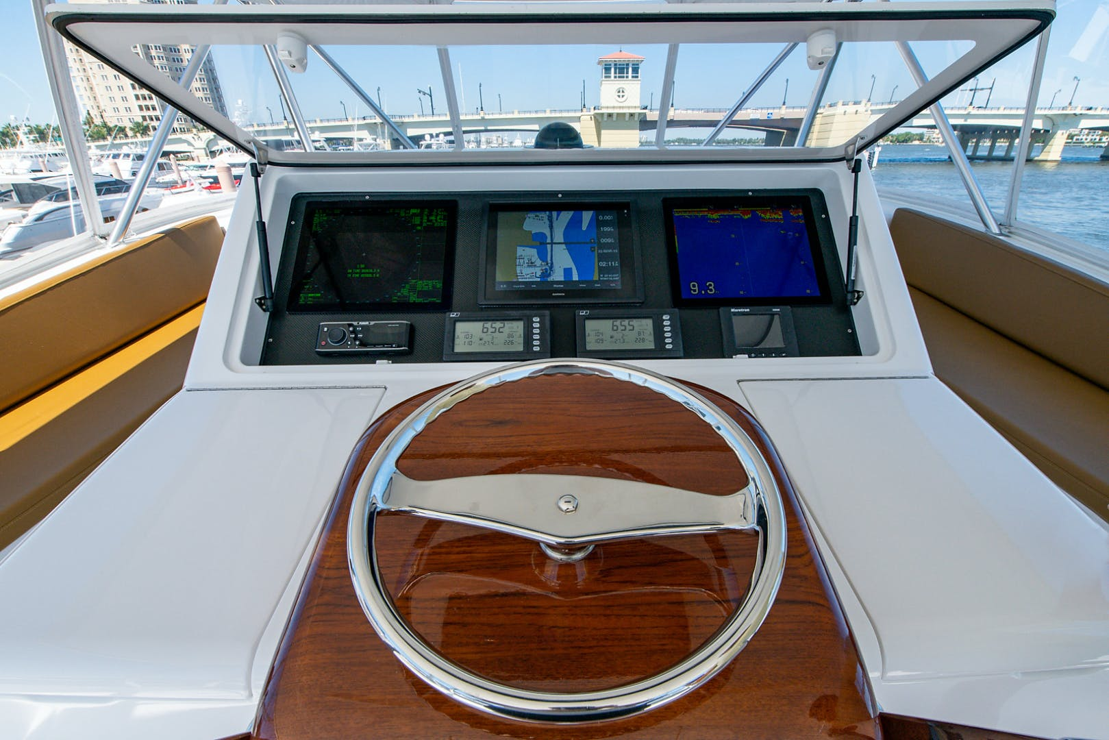 2006 Viking 68' 68 Convertible Two Week's Notice | Picture 4 of 65