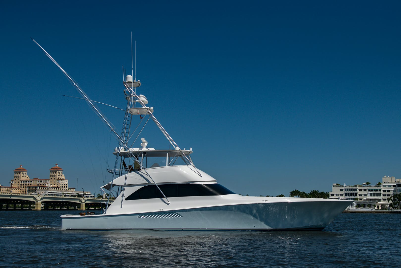 2006 Viking 68' 68 Convertible Two Week's Notice | Picture 5 of 65