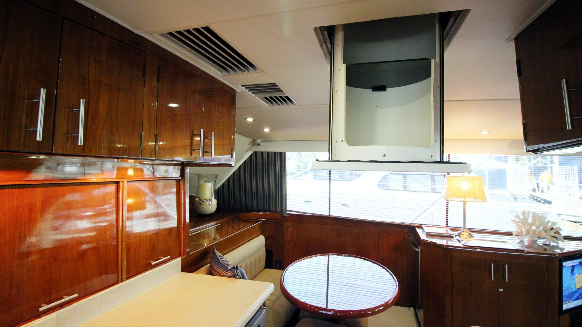 1989 Ocean 63' Convertible Coho | Picture 6 of 57