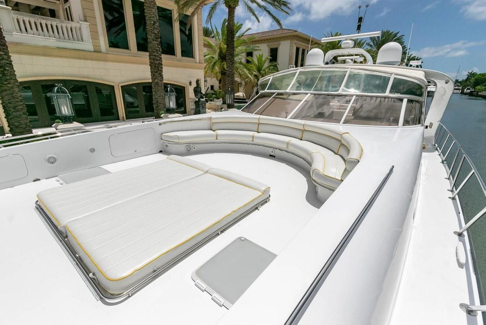 2004 Custom 85' Shoell Express Motor Yacht Purely Pleasure   Picture 2 of 110