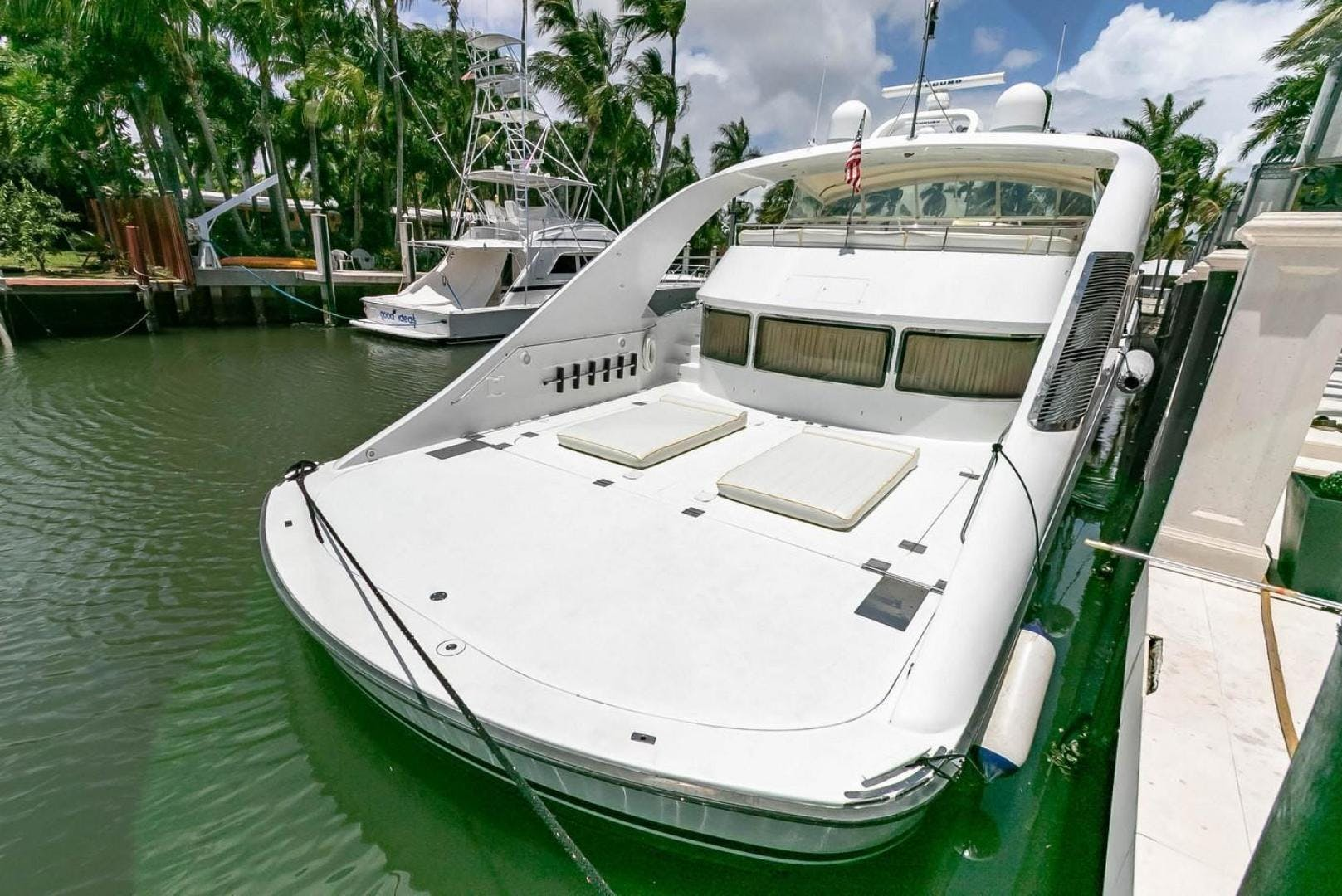 2004 Custom 85' Shoell Express Motor Yacht Purely Pleasure   Picture 3 of 110