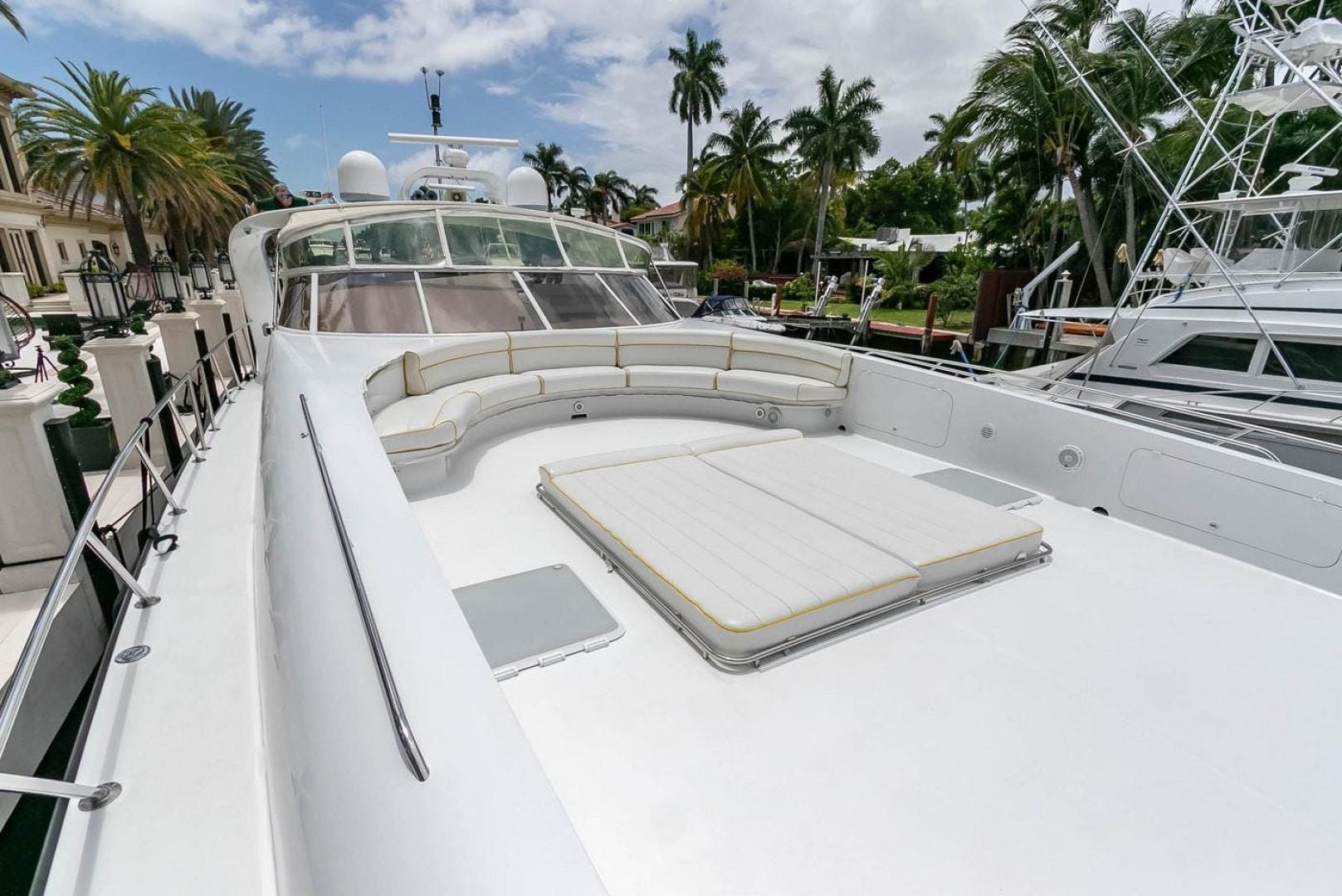 2004 Custom 85' Shoell Express Motor Yacht Purely Pleasure | Picture 4 of 110