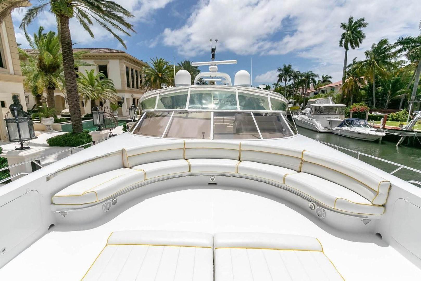 2004 Custom 85' Shoell Express Motor Yacht Purely Pleasure   Picture 7 of 110