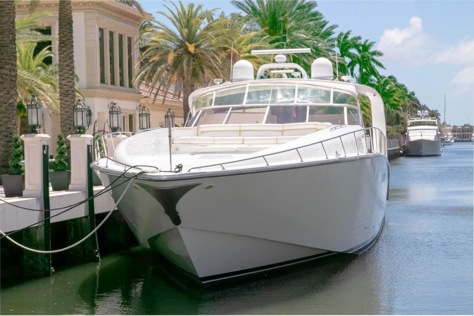 2004 Custom 85' Shoell Express Motor Yacht Purely Pleasure   Picture 4 of 110