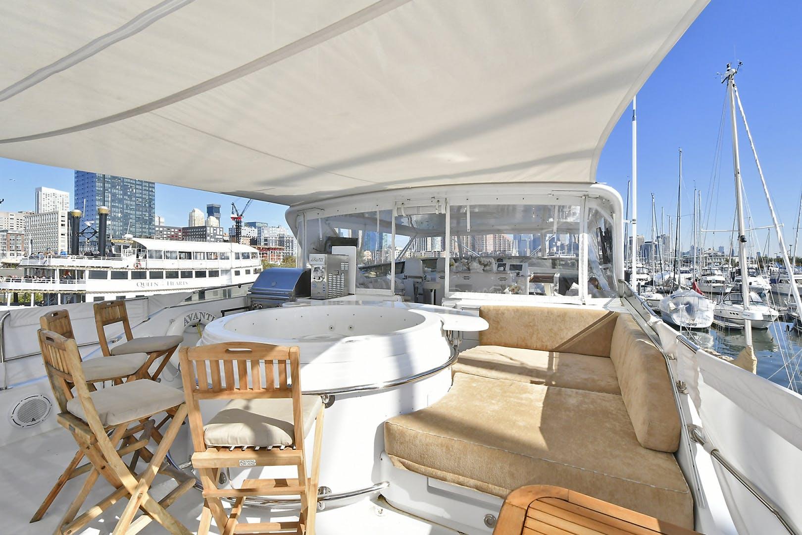 2005 Hatteras 100' 100 Motor Yacht Avanti | Picture 7 of 111