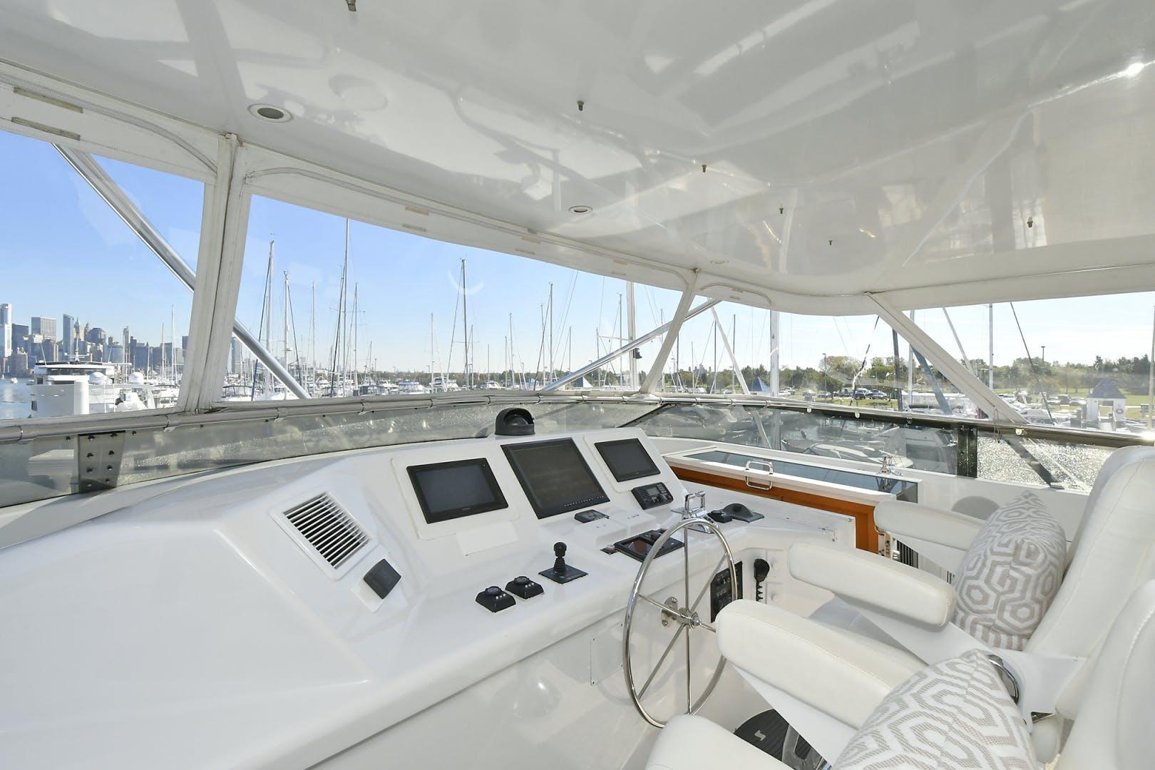 2005 Hatteras 100' 100 Motor Yacht Avanti | Picture 6 of 111