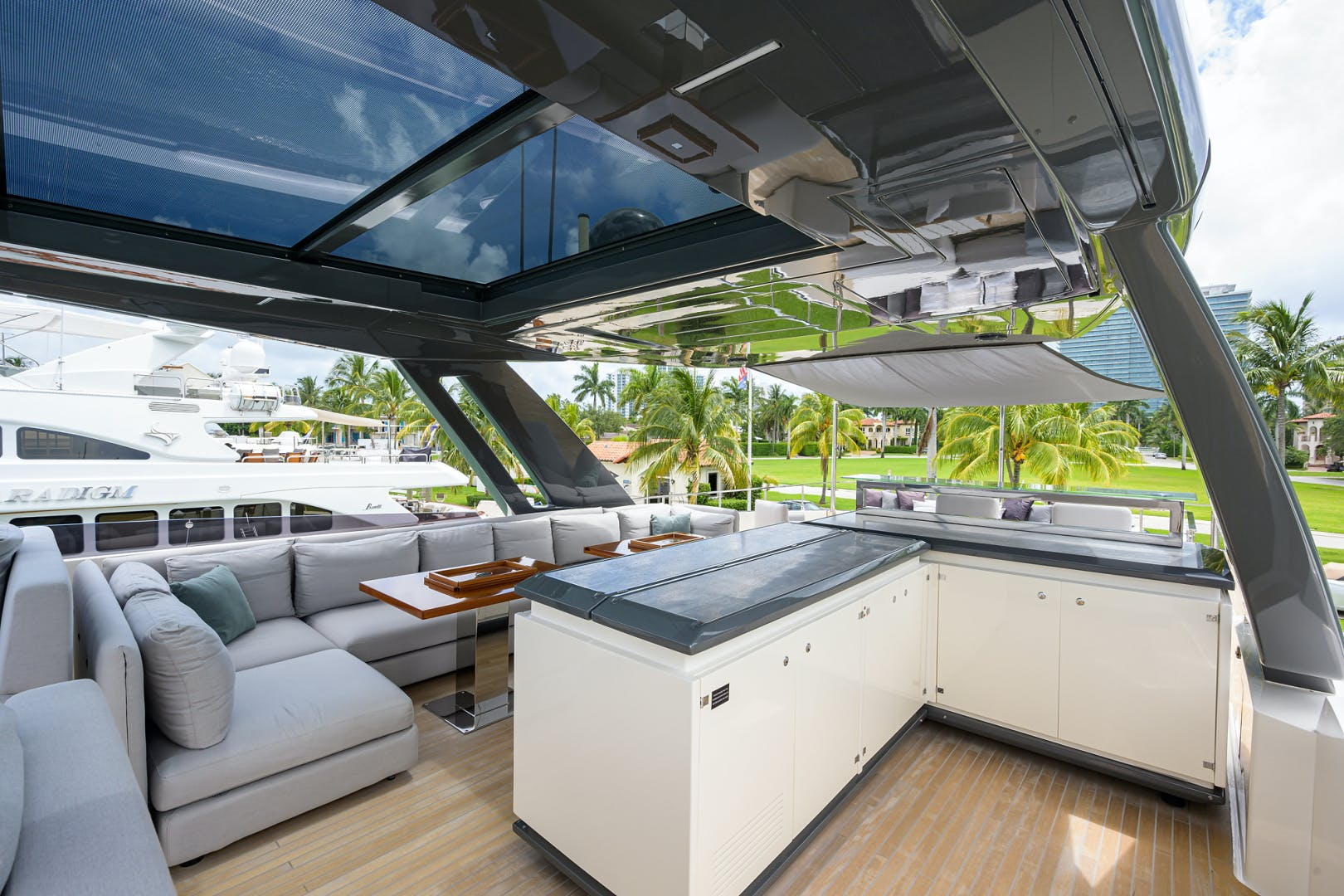 2018 Ferretti Yachts 92' 920 S | Picture 8 of 108