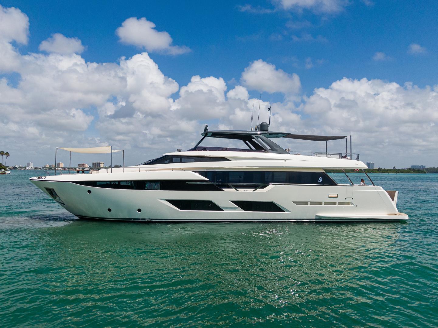 92' Ferretti Yachts 2018 920 S
