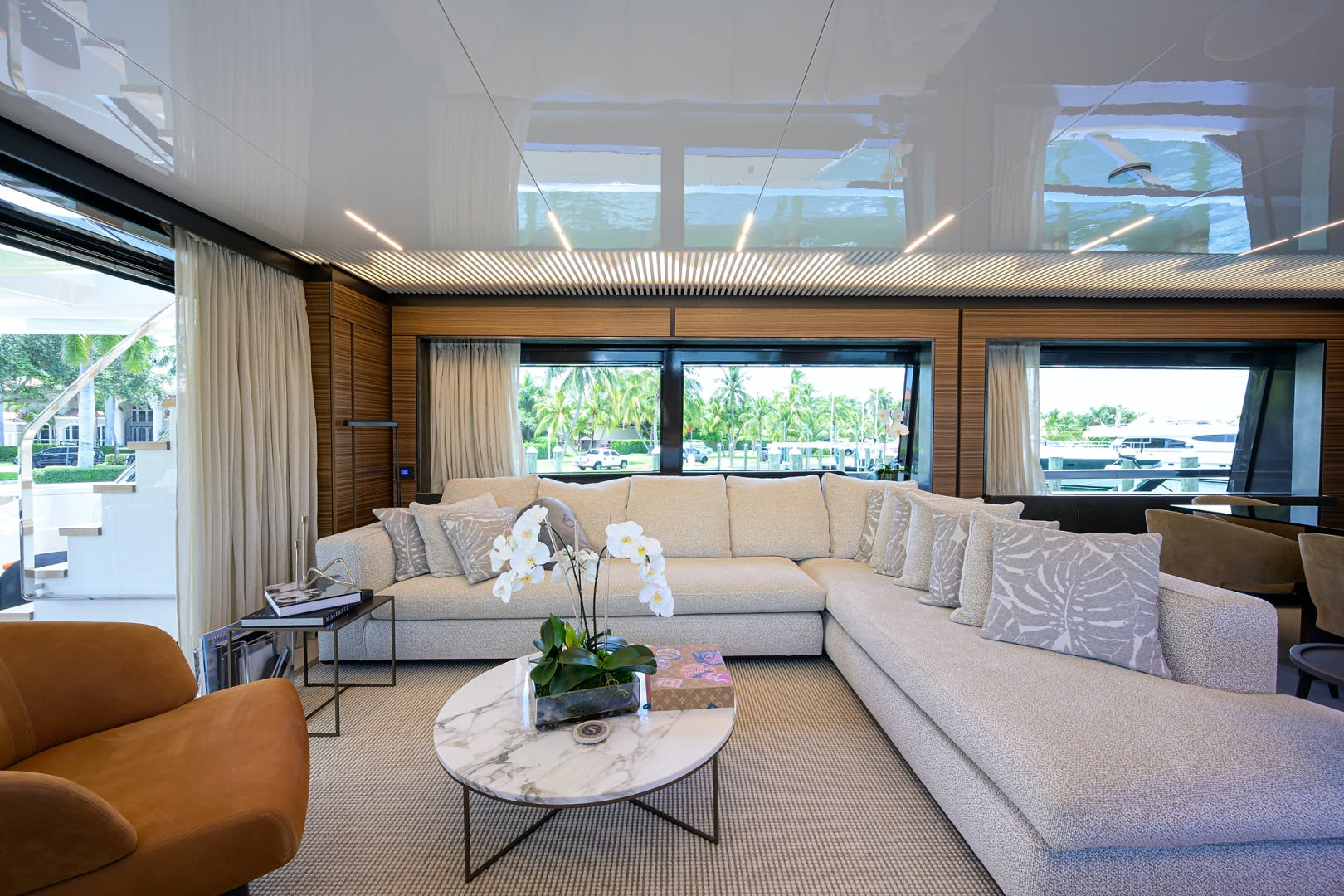 2018 Ferretti Yachts 92' 920 S | Picture 4 of 108