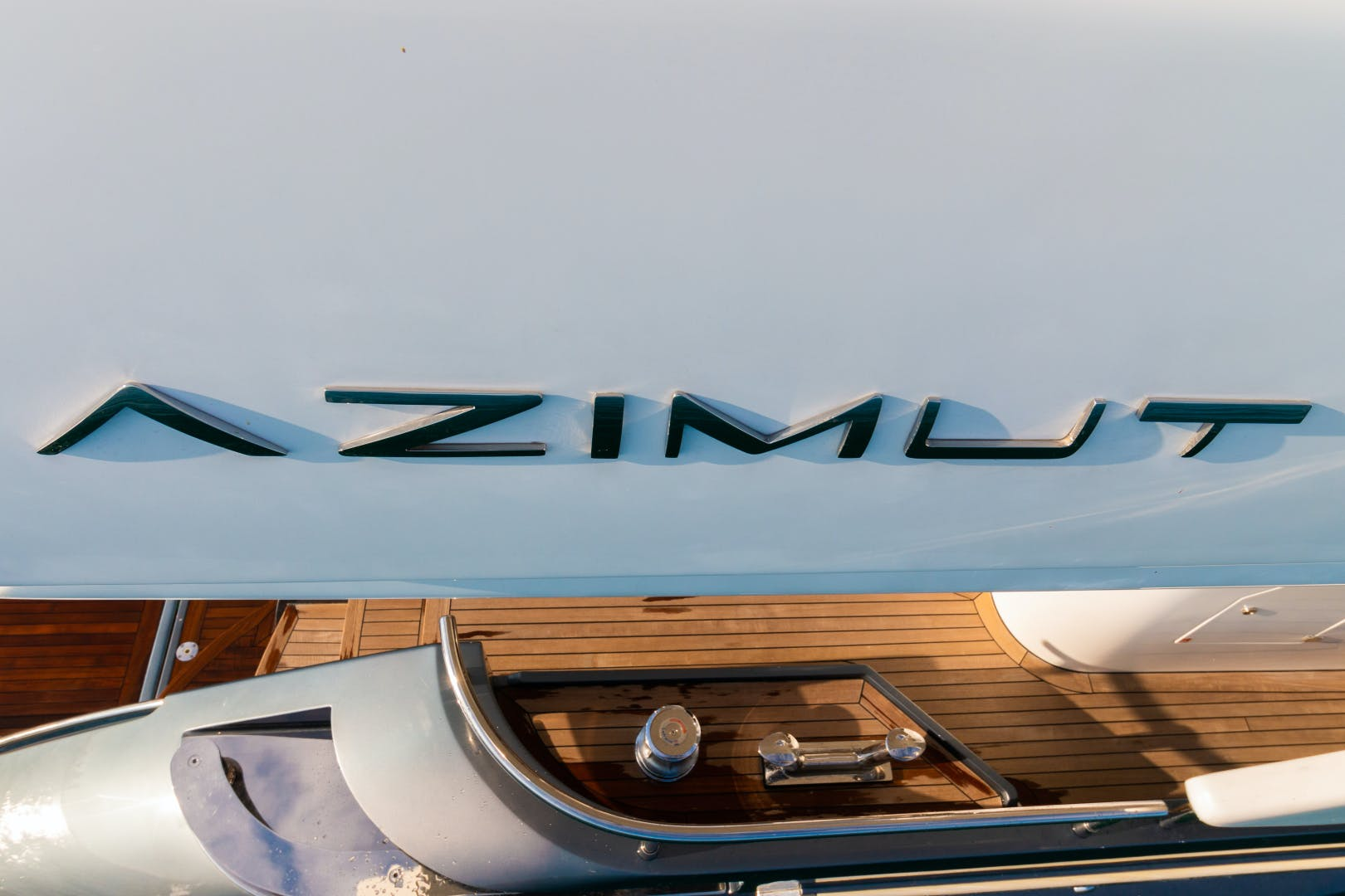 2016 Azimut 84' 84 Motor Yacht    Picture 4 of 83