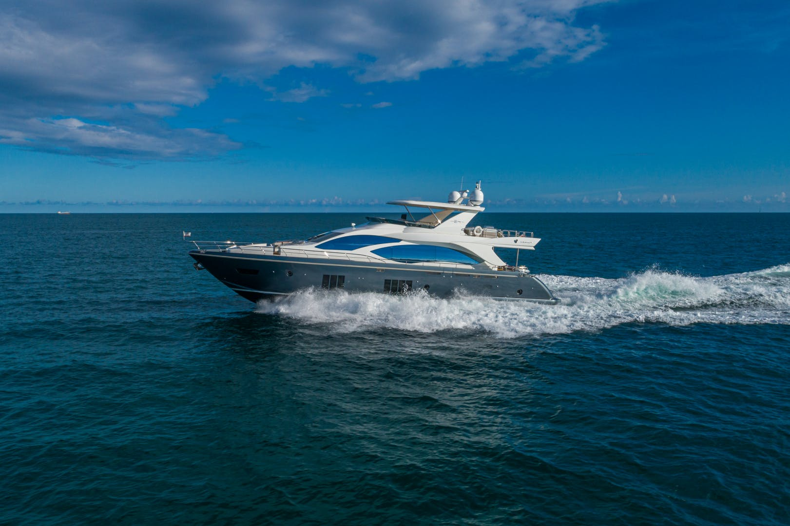 2016 Azimut 84' 84 Motor Yacht  | Picture 5 of 83