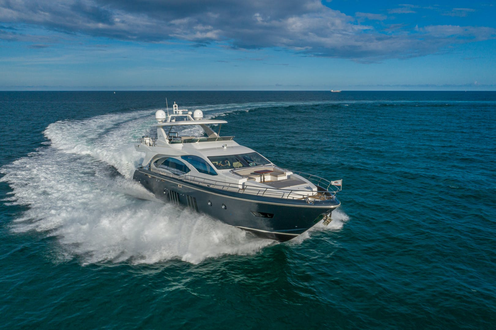 2016 Azimut 84' 84 Motor Yacht  | Picture 6 of 83