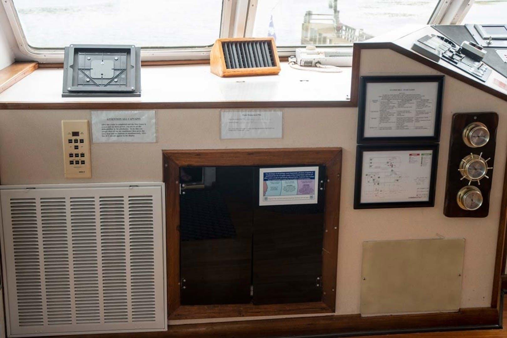 1993 Custom 90' Freeport 150 Passenger Island Time | Picture 6 of 76