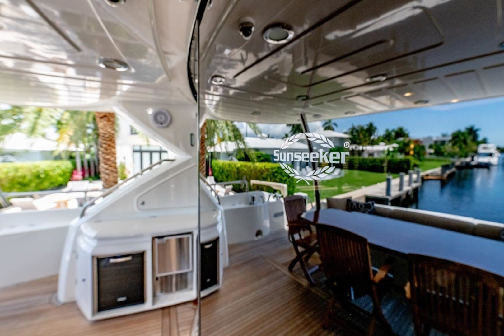 2014 Sunseeker 88' Motor Yacht Full Circle   Picture 8 of 47