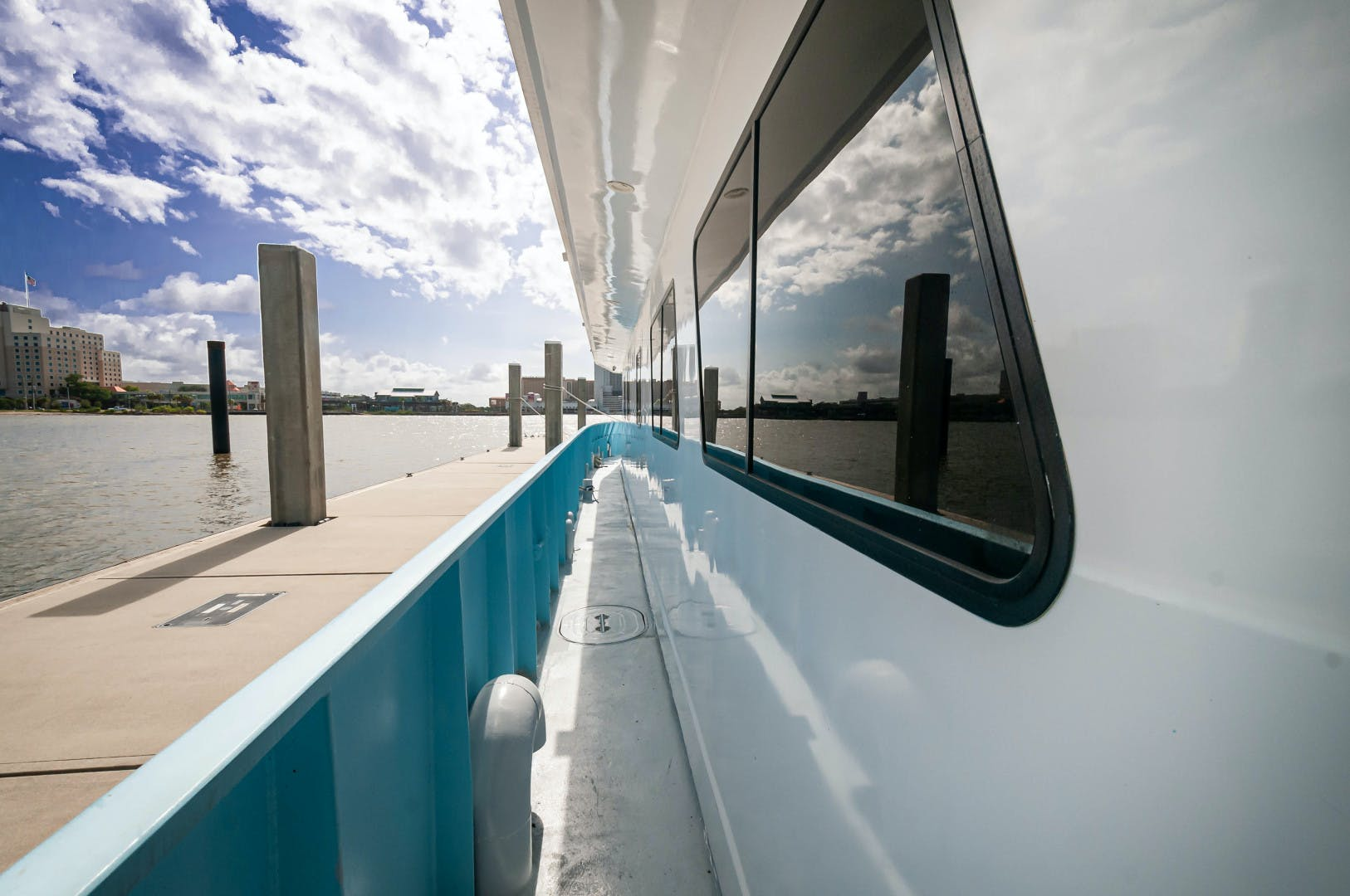 2016 Custom 106' 106 Houseboat Le Colby Jean | Picture 4 of 78