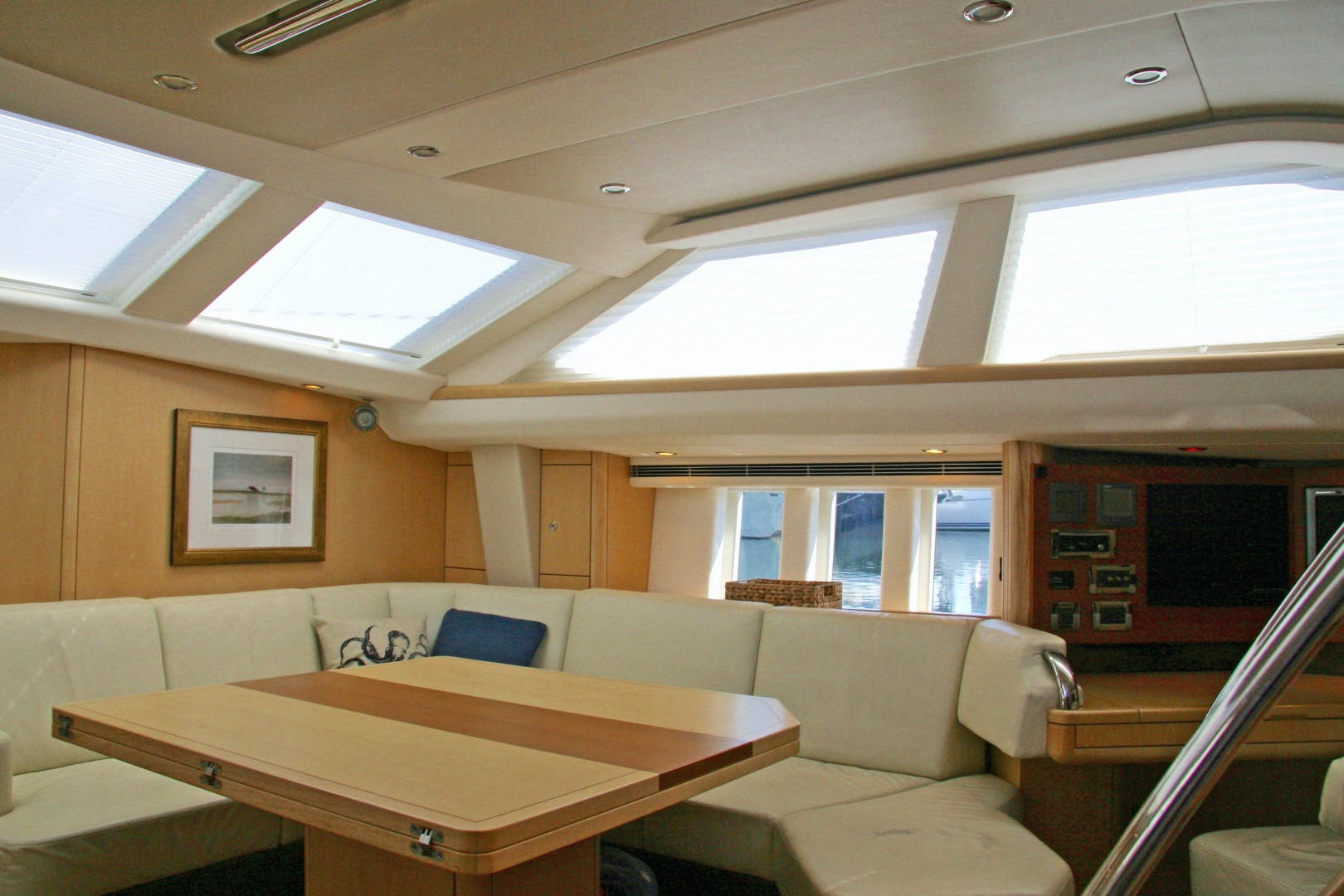 2011 Oyster 63' 625 Deck Saloon BANDIDO | Picture 4 of 38