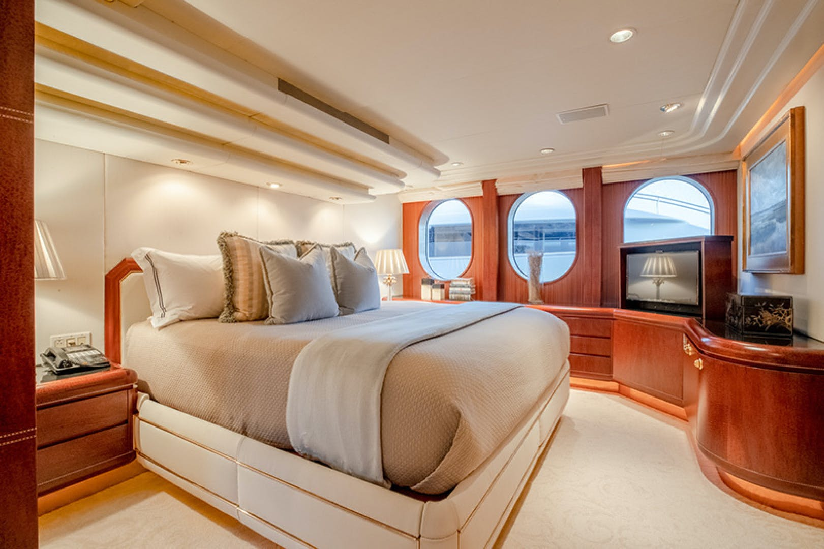 1992 Feadship 140'  NEVER ENOUGH | Picture 8 of 50