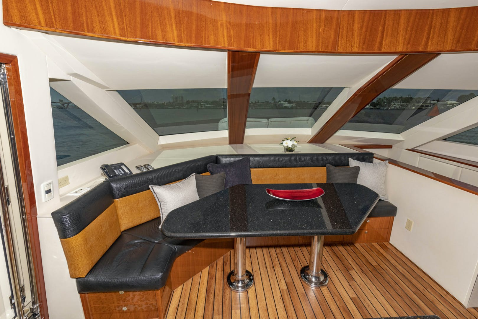2009 Hatteras 72' Enclosed Bridge, 4 stateroom, CATS PANACEA | Picture 1 of 88