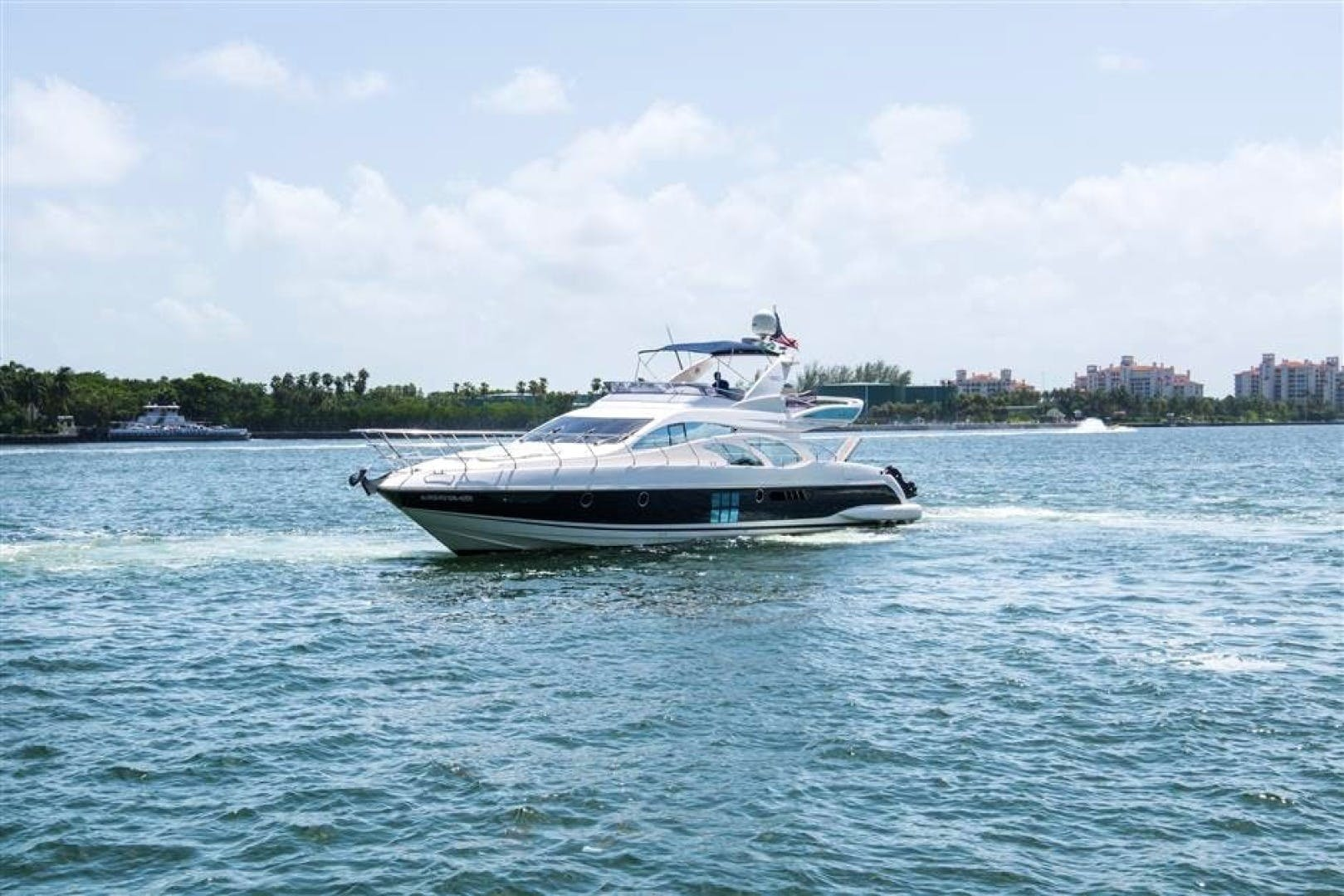 2008 Azimut 68' 680 Full Our Trade   Picture 3 of 43