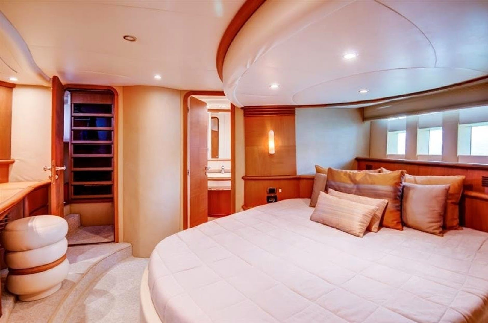 2008 Azimut 68' 680 Full Our Trade   Picture 6 of 43
