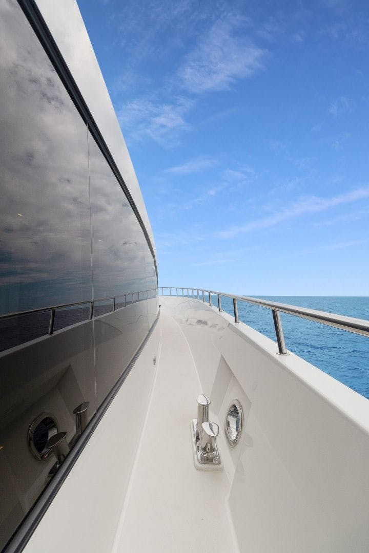 2007 Cheoy Lee 100' Cockpit Motor Yacht  Happiness | Picture 7 of 87