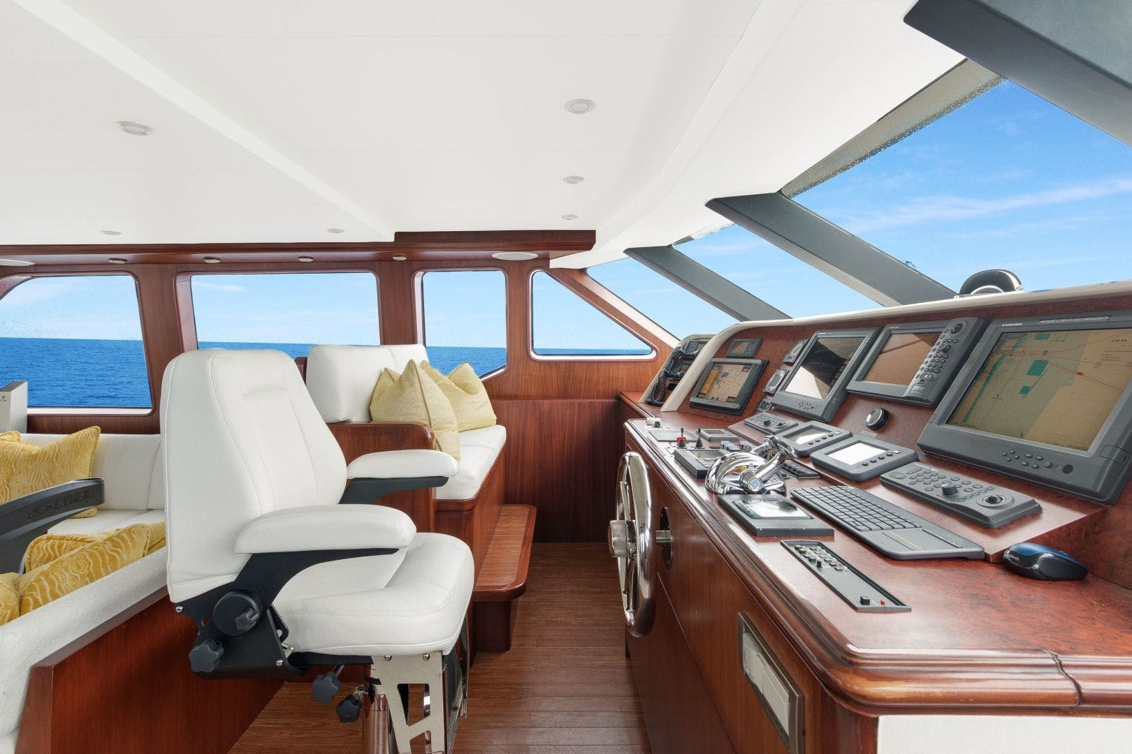 2007 Cheoy Lee 100' Cockpit Motor Yacht  Happiness | Picture 8 of 87