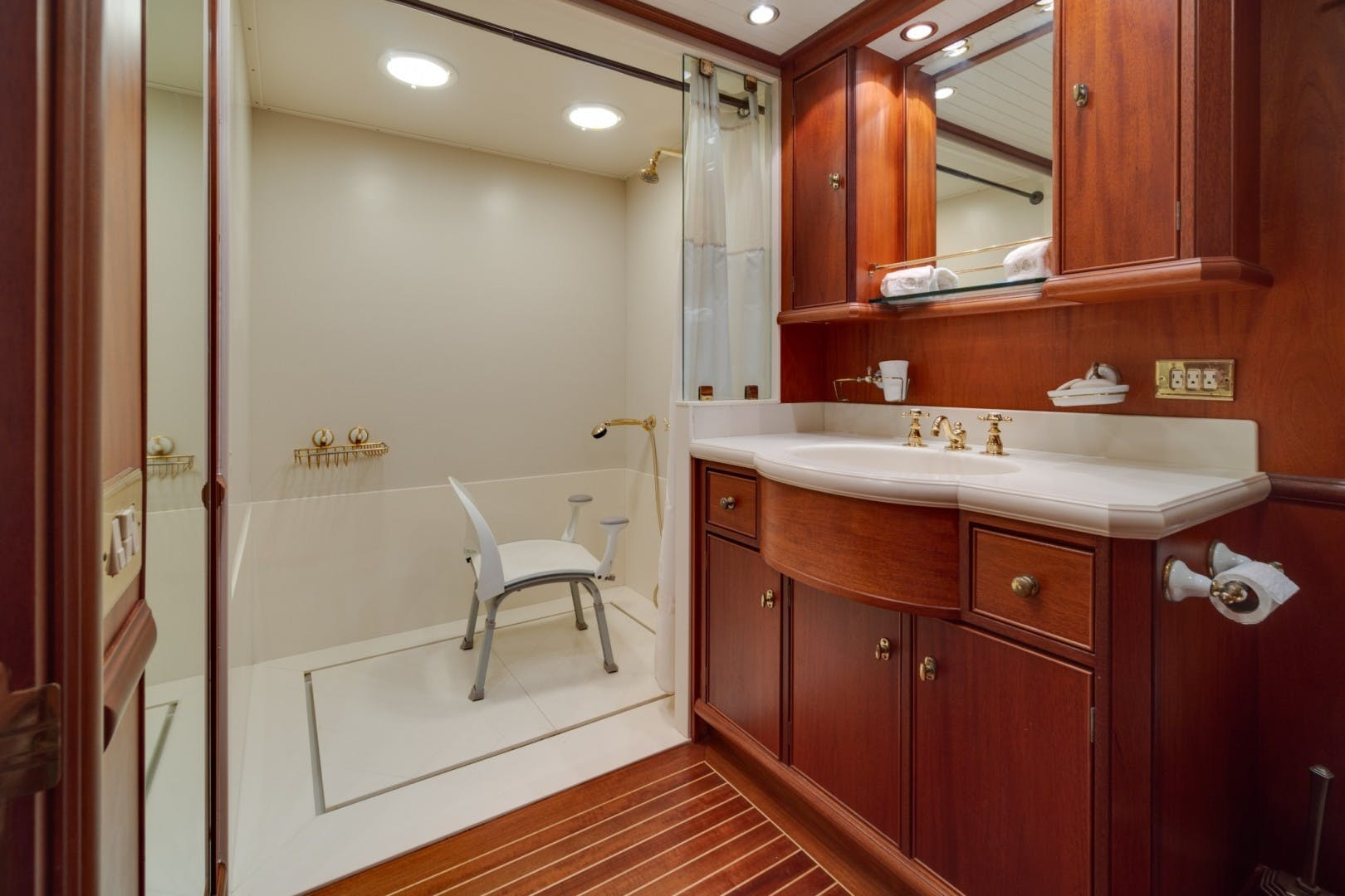 1999 Palmer Johnson 90' Pilothouse  Nirvana | Picture 3 of 70