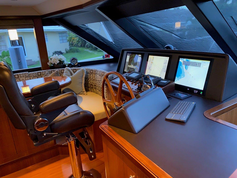 2016 Ocean Alexander 72' Motor yacht flybridge Journey | Picture 6 of 57