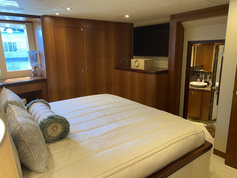 2016 Ocean Alexander 72' Motor yacht flybridge Journey | Picture 3 of 57