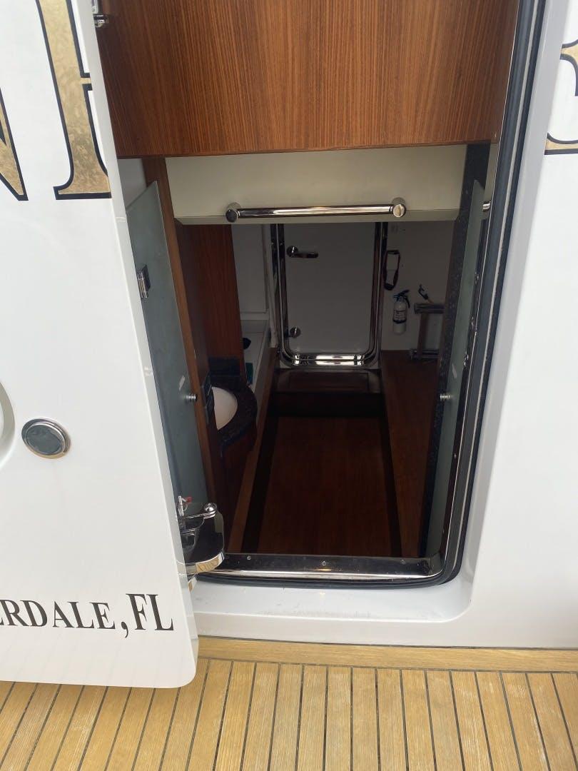2016 Ocean Alexander 72' Motor yacht flybridge Journey | Picture 2 of 57