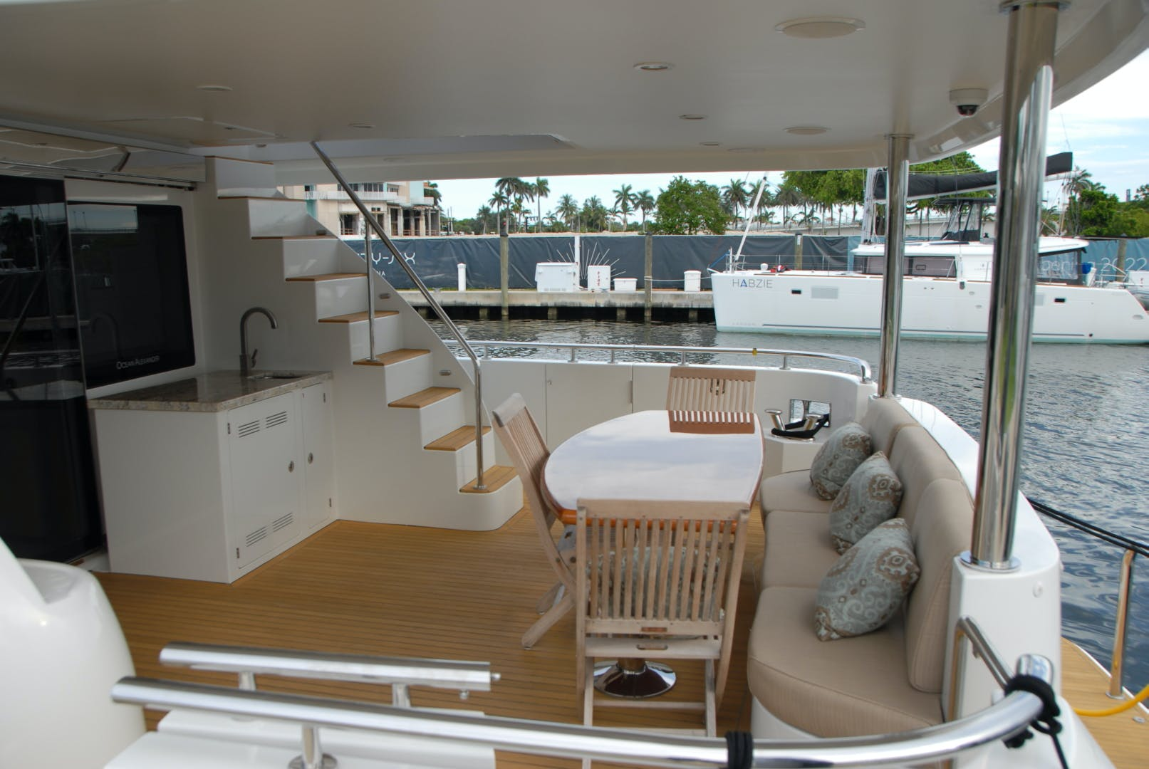 2016 Ocean Alexander 72' Motor yacht flybridge Journey | Picture 7 of 30