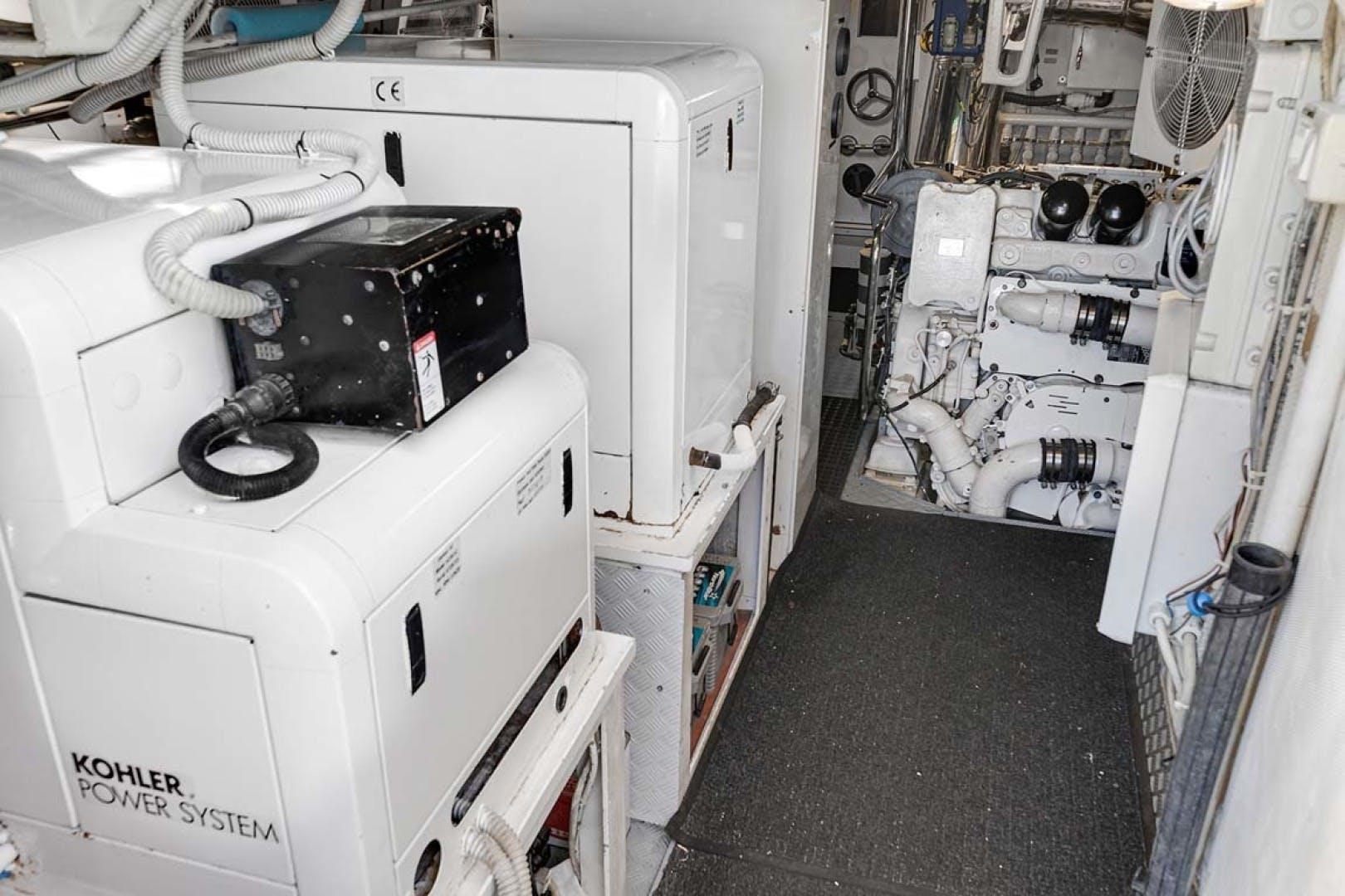 2003 Azimut 80' Carat Anchor Management | Picture 1 of 79