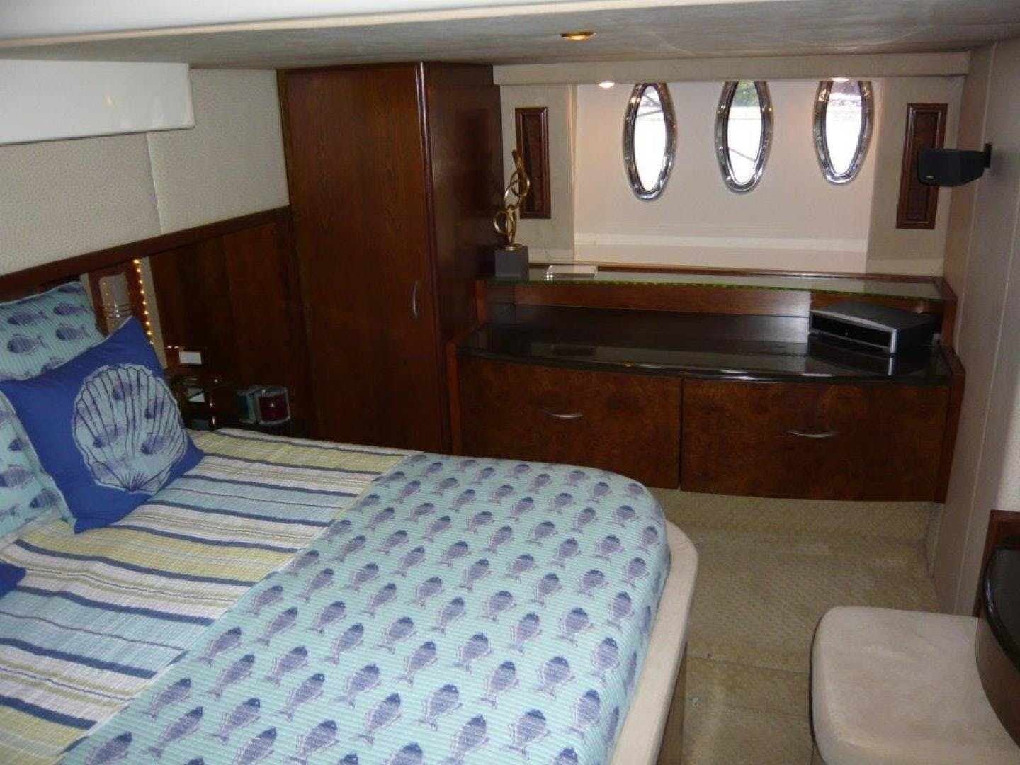 2009 Silverton 52' Ovation Hippeace | Picture 2 of 52