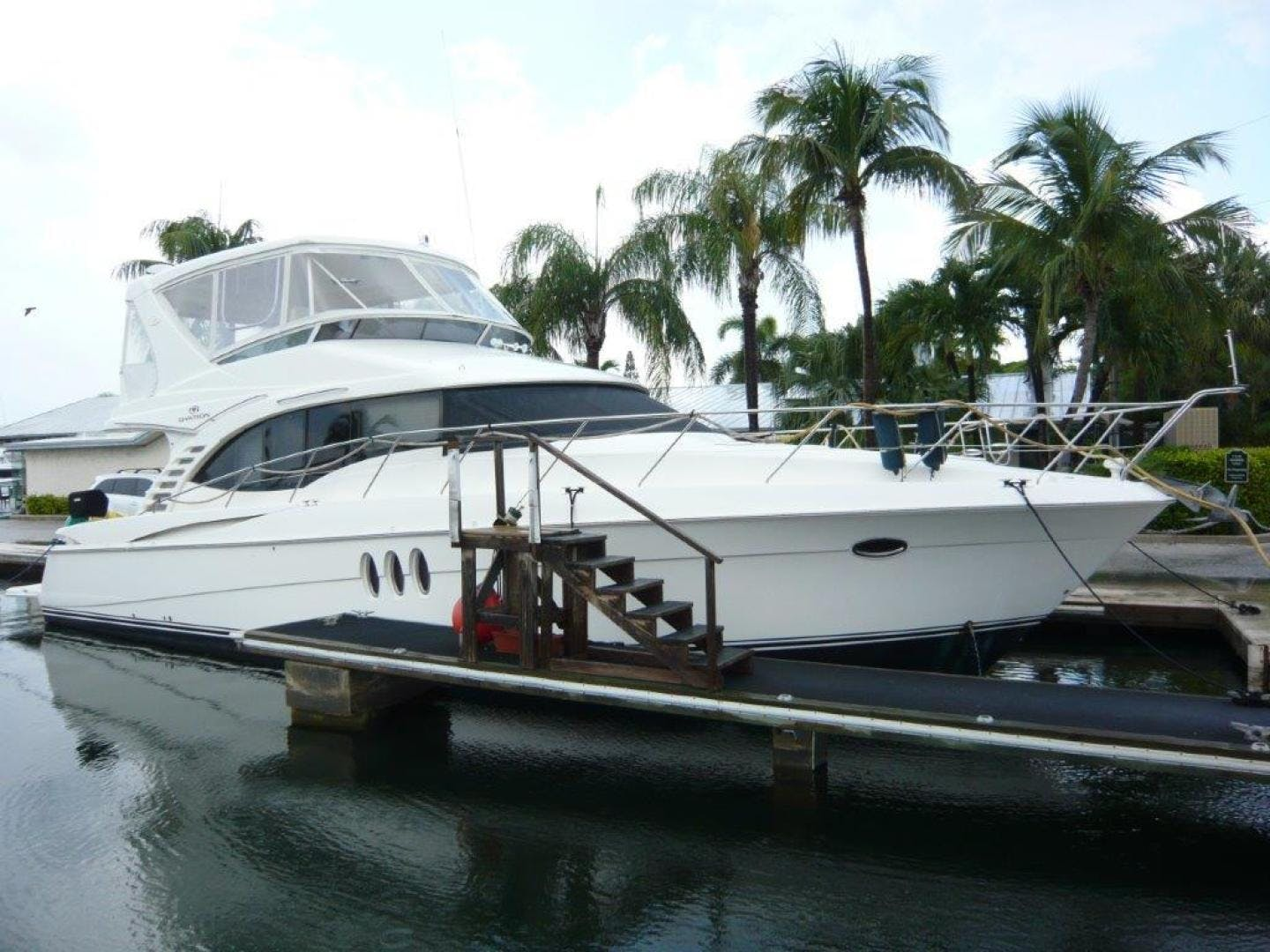 2009 Silverton 52' Ovation Hippeace | Picture 3 of 52