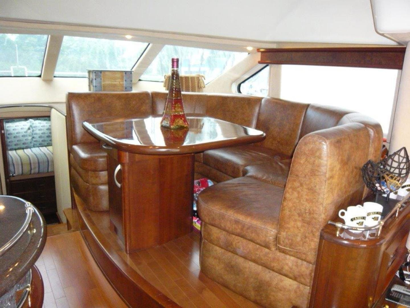 2009 Silverton 52' Ovation Hippeace | Picture 5 of 52