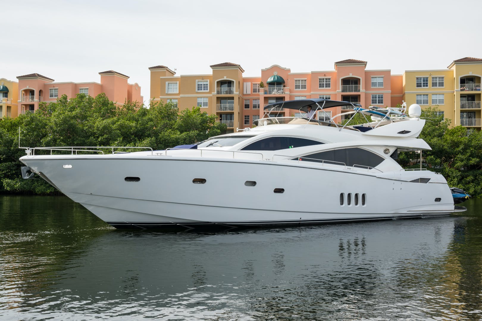 2004 Sunseeker 82' Yacht TOP GUN | Picture 1 of 56