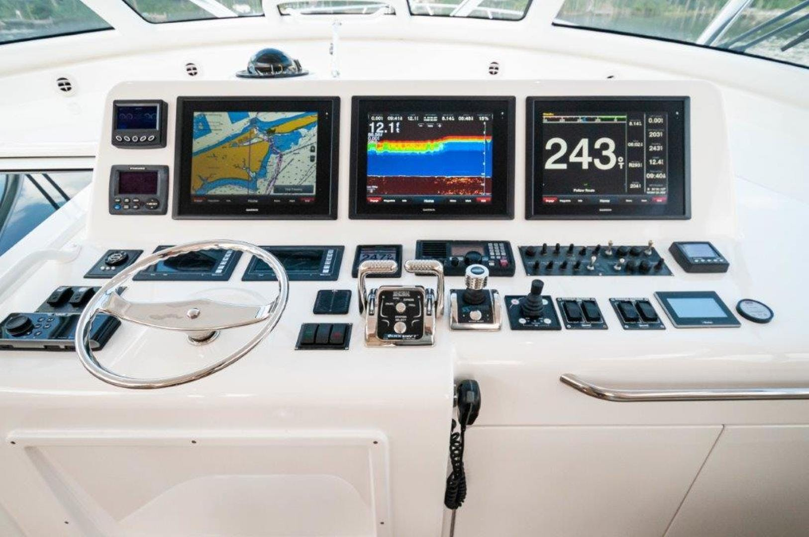 2015 Viking 52' 52 Open Exuma | Picture 4 of 48