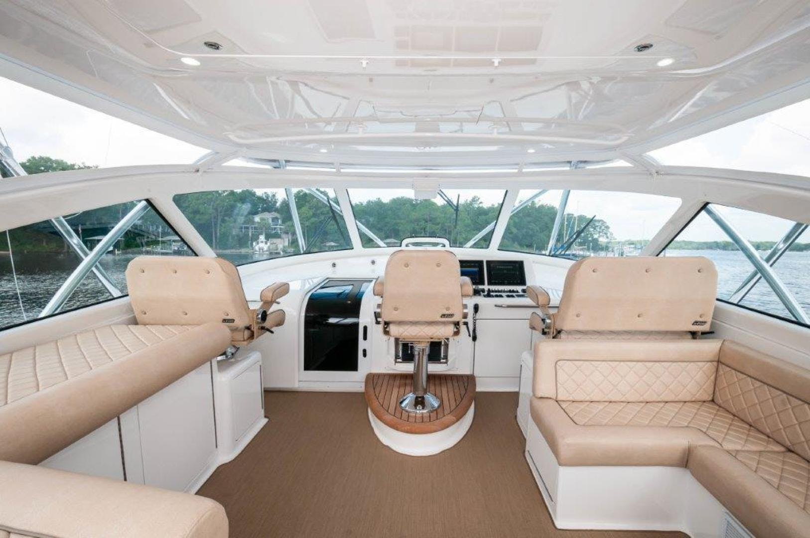2015 Viking 52' 52 Open Exuma | Picture 6 of 48