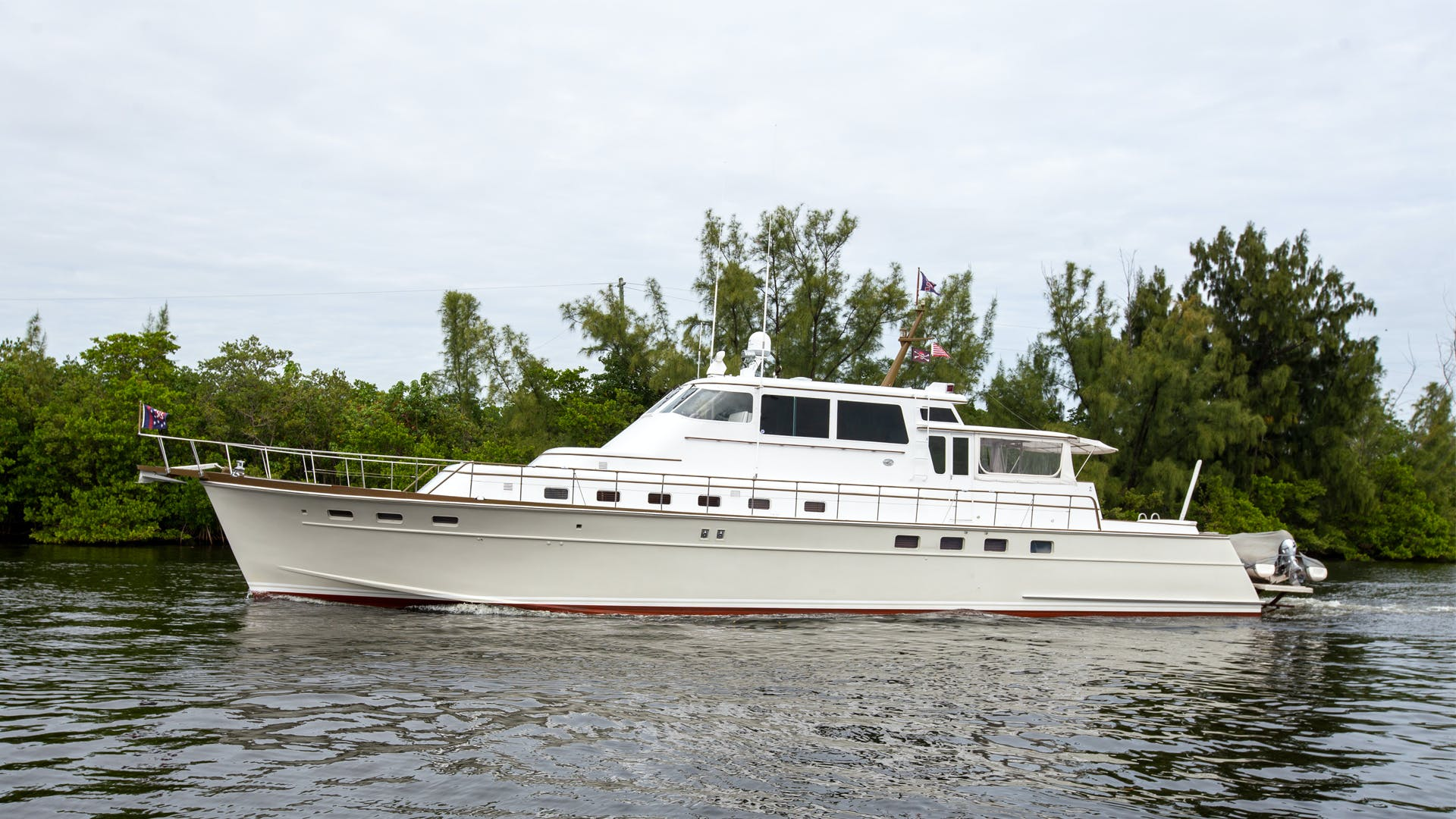 1982 Huckins 78' Motor Yacht Sea Bound | Picture 3 of 76