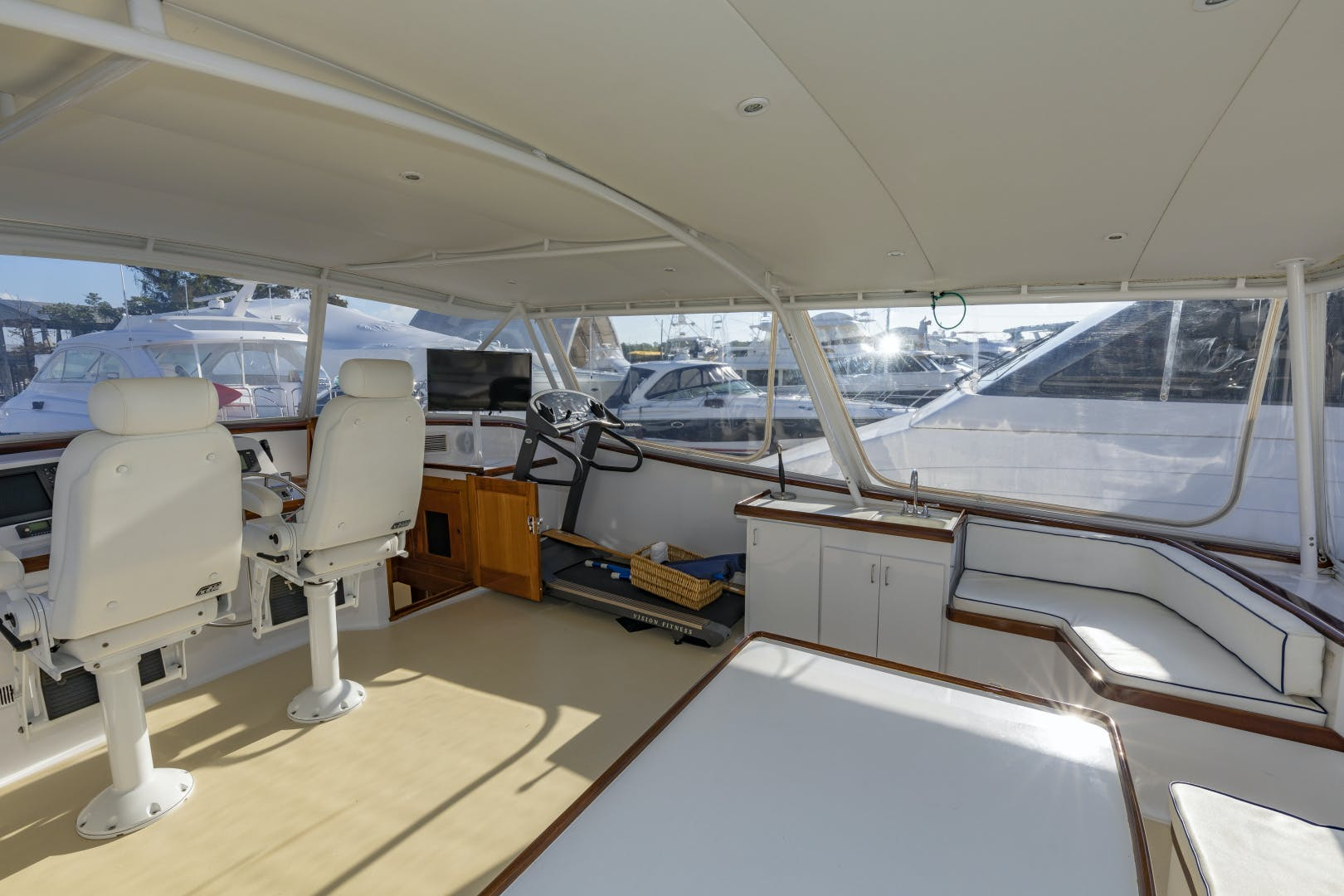 1980 Palmer Johnson 102' 102 Cockpit Motor Yacht Banyan | Picture 3 of 75