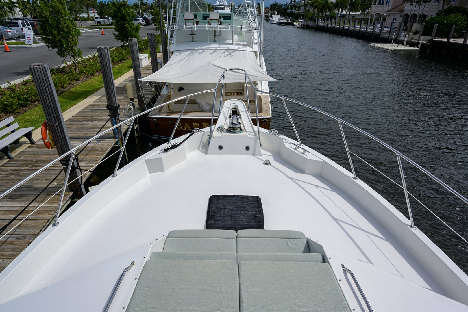 1992 Hatteras 70'  POWER PLAY | Picture 5 of 43
