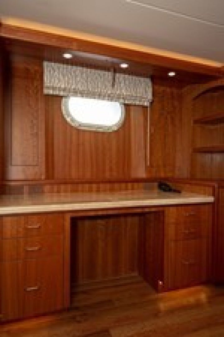 2003 Hatteras 100'  TAIMA | Picture 5 of 29